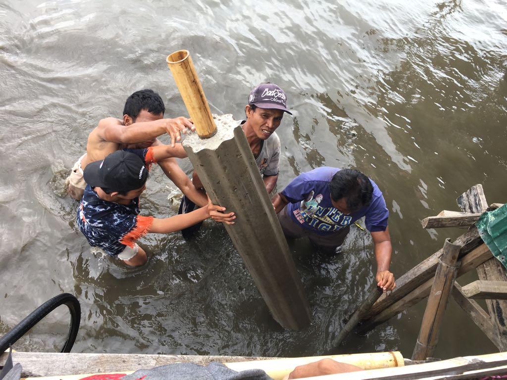 SERVICE LEARNING DALAM BINGKAI KEMITRAAN UNIVERSITAS  - MASYARAKAT DI KAMPUNG KARA'BA